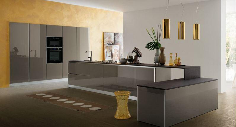 Awesome immagini cucine moderne con isola photos for Arredamento cucine moderne con isola